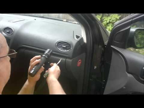 Дефлектор воздуховода ford focus 2 снимок