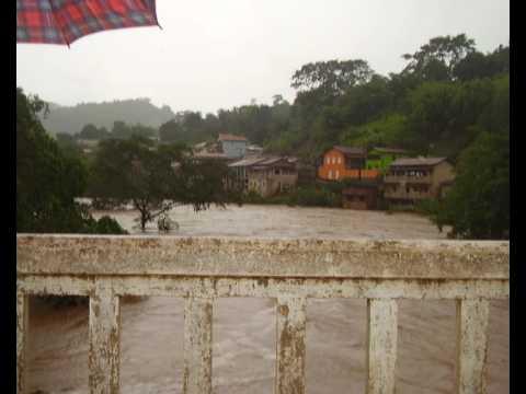 Enchente em Santo Antônio do Rio Abaixo
