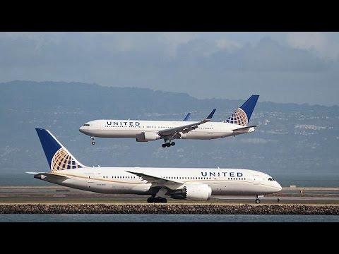 Στη δικαιοσύνη προσφεύγει ο γιατρός που απομακρύνθηκε με τη βία από πτήση της United Airlines