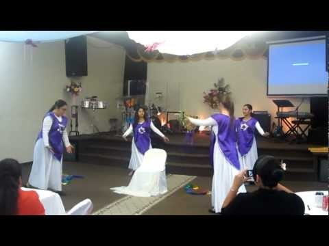 alabanzas y danza - Iglesia vida abundante dancing for the glory of God ! Danzando para la gloria de Dios! God bless! Dios te bendiga!