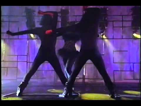 Tekst piosenki Thalia - Love po polsku