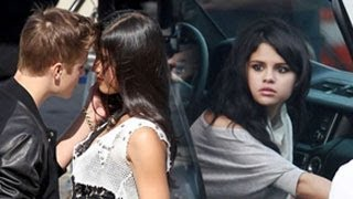 Selena Gomez Is Super Jealous of Justin Bieber Getting Touchy With Other Girls