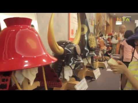 gratis download video - Mengunjungi-Istana-Kerajaan-di-Jepang--INTAI-Traveling