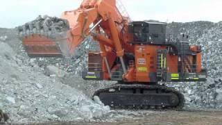 Video Hitachi EX8000 Excavator in Australia ( Hitachi EX8000-6 ) MP3, 3GP, MP4, WEBM, AVI, FLV Juli 2019
