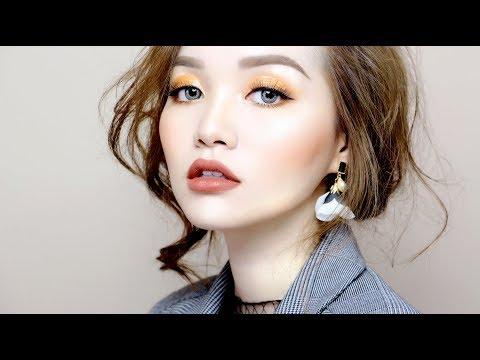 HOLIDAY GLOSSY MAKEUP - Trang Điểm Mắt Mùa Lễ Hội   Tina'sbeautytips (видео)