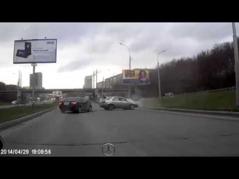 Авария в Новосибирске, или наркоман за рулем