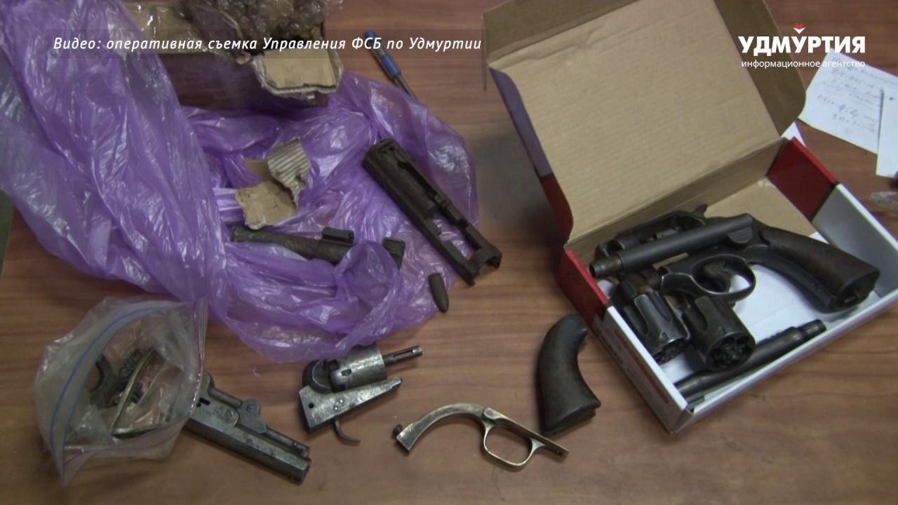 Большой арсенал оружия изъяли в Ижевске