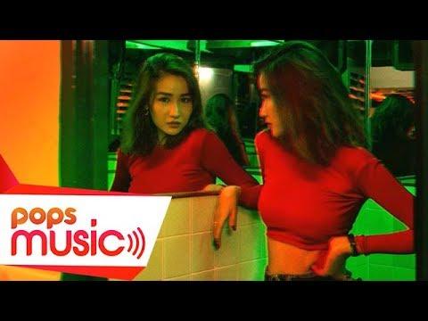 Tự Khúc Trang (MV Lyric) | Elis Như Trang - Thời lượng: 3 phút, 44 giây.
