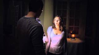 Nonton Silent House    I Heard Someone Upstairs  Film Subtitle Indonesia Streaming Movie Download