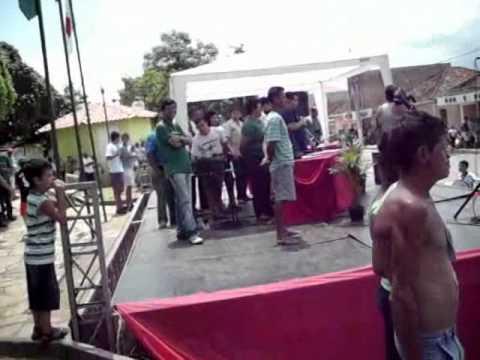 Fanfarra de São Gonçalo do Sapucaí apresentando se em Heliodora MG