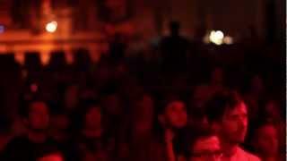 KÄPTN PENG &amp; DIE TENTAKEL VON DELPHI<br>Unten LIVE