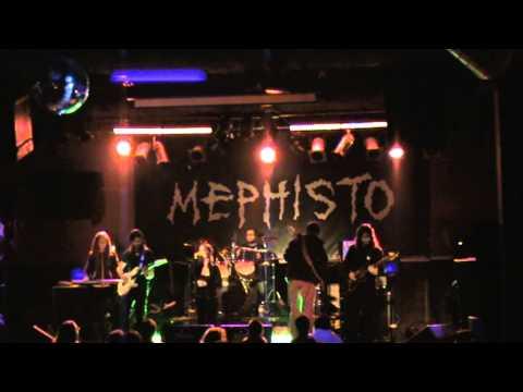 Pareidolian - La Caída live Mephisto