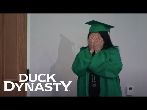 Duck Dynasty: John Luke and Miss Kay Graduate (Season 8, Episode 7) | Duck Dynasty