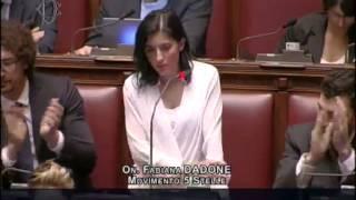 Fabiana Dadone (M5S) Se gli italiani sapessero, vi trascinerebbero fuori a pedate!