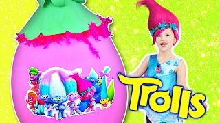 TROLLS GIANT EGG ✿ Saving Trolls with Poppy! Toys, Surprises...
