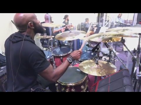 Worship With Patrick Lundy - Mike Hunter On The Drums