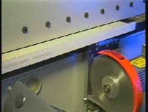 Masina de aplicat cant de la Holz Her