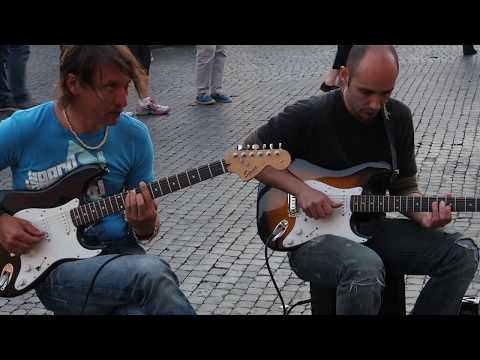 Unknown: Rome Street Musicians - Sultans Of Swing ( ...