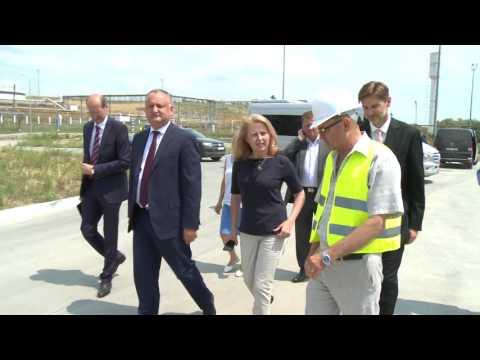 Președintele Igor Dodon a efectuat o vizită la Portul Internațional Liber Giurgiulești