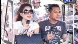 Video Kisah Anang dan Syahrini Saat Manggung di Gorontalo (20/3/2010) MP3, 3GP, MP4, WEBM, AVI, FLV Mei 2019