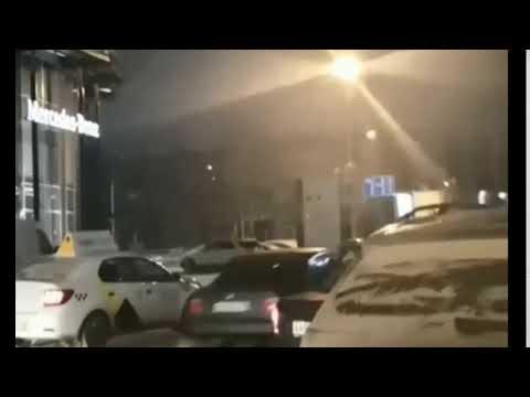 В центре Перми мужчина из автомобиля устроил стрельбу из автомата