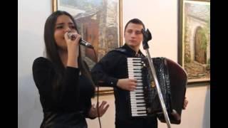 Download Lagu Azra Husarkic u pratnji Nedima Citakovica - Ah sto cemo ljubav kriti Mp3