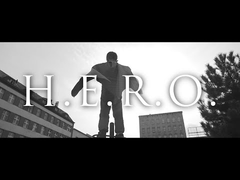 Kali Gibbs - H.E.R.O. tekst piosenki