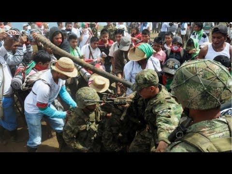 A revota indígena está em marcha Colombia
