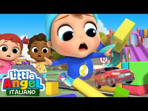 Il nostro ponte sta CROLLANDO! 😨🔴 Cartoni animati bambini per giocare - Little Angel Italiano