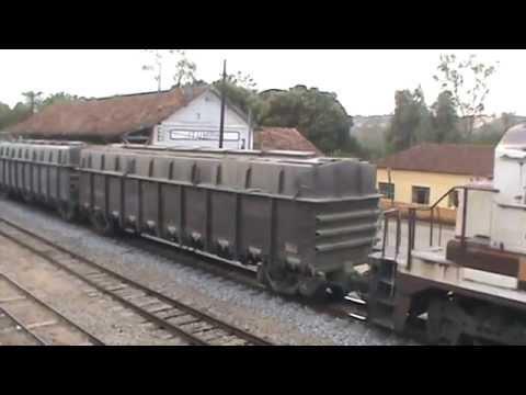 Trem carregado em Itumirim