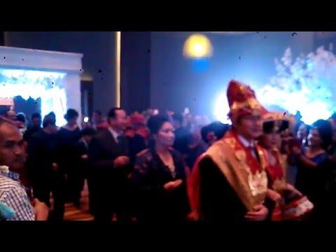 gratis download video - Pernikahan-Suku-karo-Anak-Medan-Dan-Australia