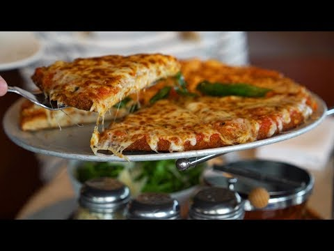 Chicken parm pizza is an Italian food lover's dream