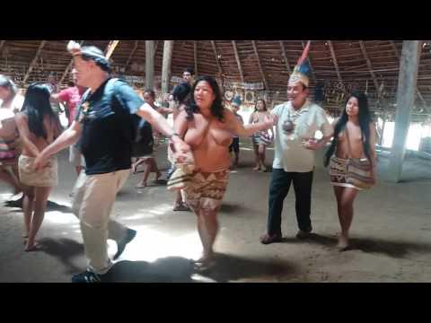 Jueves 9 de marzo 2017-Danza Milenaria de los Boras - Iquitos Perú