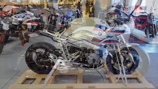 3. 2018 BMW R nineT Racer (BMW Motorrad Trim) @ Frontline Eurosports !!!