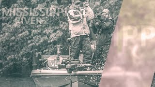 Shallow smallmouths and largemouths combined with adverse conditions make the FLW Tour at the Mississippi River an exciting event. Taking off from La Crosse, Wis., local pros like Matt Stefan and Austin Felix face off against river experts like Bryan Schmitt and all-time greats like Andy Morgan and Larry Nixon.Subscribe for more great fishing content.Facebook - https://www.facebook.com/FLWFishing/Instagram - https://www.instagram.com/flwfishing/Twitter - https://twitter.com/flwfishingSnapchat - https://www.snapchat.com/add/flwofficialFLW Website - https://www.flwfishing.com/