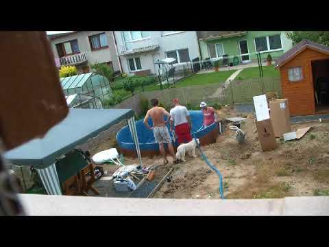 PROJEKT: Stavba bazénu AZURO Mountfield (видео)