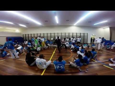 MESTRE EDIANDRO & PROF. PELÉ - Irmãos de Roda, Porto 2014 (видео)