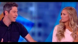 Video 'Bachelor' Couple Arie Luyendyk Jr. and Lauren Burnham Reveal Wedding Plans | The View MP3, 3GP, MP4, WEBM, AVI, FLV Juni 2018