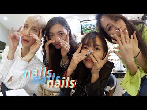 Korean Nail Salon: Sparkly Unicorn & Glass Nails