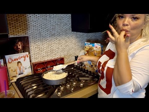 BAKING WITH TRISH! - RICE KRISPIE TREATS + BURGERS AND FRIES!