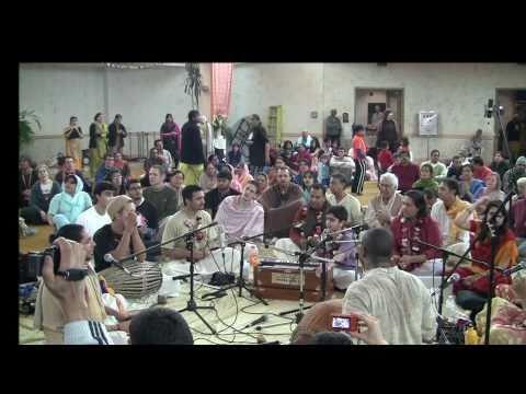 Video Ayush @ Ashtaprahar 2011 - Toronto's 24-Hour Kirtan Festival download in MP3, 3GP, MP4, WEBM, AVI, FLV January 2017