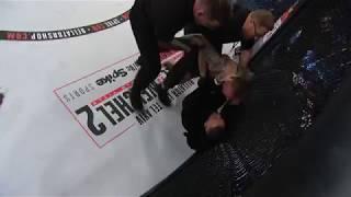 МакГрегор набросился на судью на турнире Bellator 187