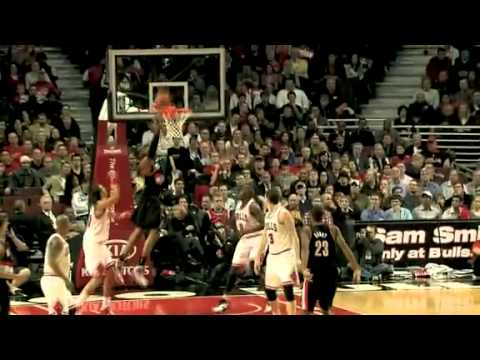 Marcus Camby's Alley-Oop to Aldridge