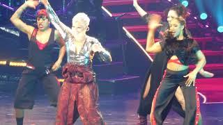 """Raise Your Glass & Blow Me"" Pink@Capital One Arena Washington DC 4/17/18"