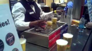 Des bières servies par le fond du verre