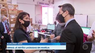 Justiça Eleitoral de Marília inicia processo de carga e lacração das urnas