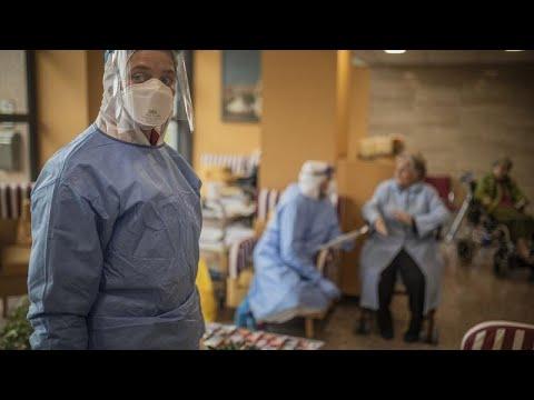 COVID-19: Συνεχίζεται η επέλαση της πανδημίας