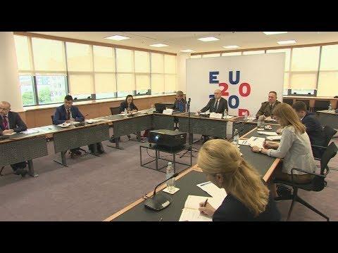 Tηλεδιάσκεψη υπουργών Εξωτερικών της ΕΕ για την άμυνα