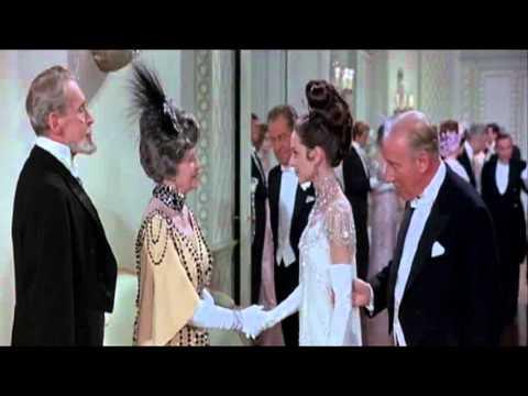 Tekst piosenki Audrey Hepburn - On the Street Where You Live po polsku