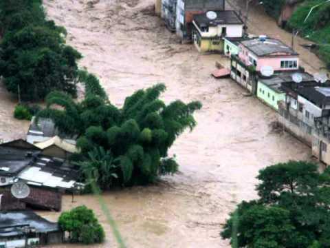 Enchente em  São José do Vale do Rio Preto (Ponte Branca)